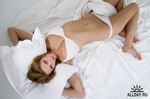 Крупные и голые в постели