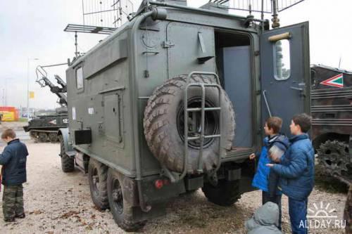 Советский автомобиль ЗИЛ-152