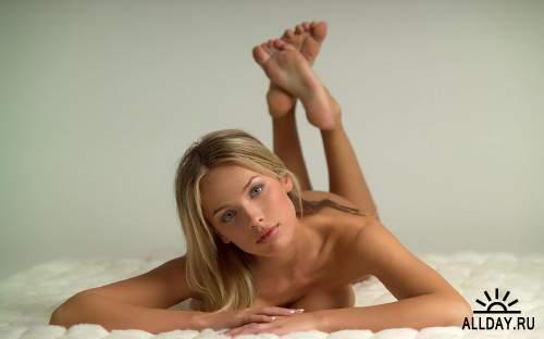 фото голая русская и с красивыми ножками
