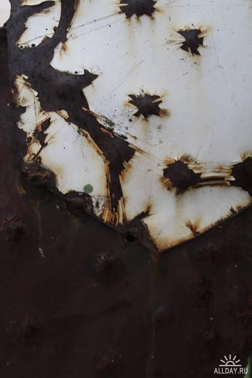 53 High-Res Rustic Metal Sculpture Textures
