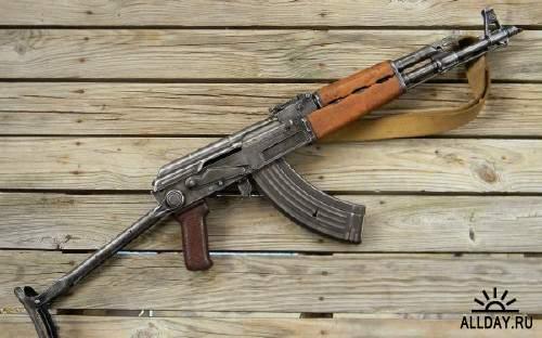 Обои с различными видами оружия на рабочий стол 11