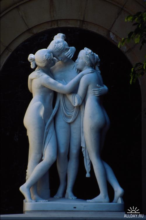 Corel Photo Libraries - COR-666 Classic Sculpture