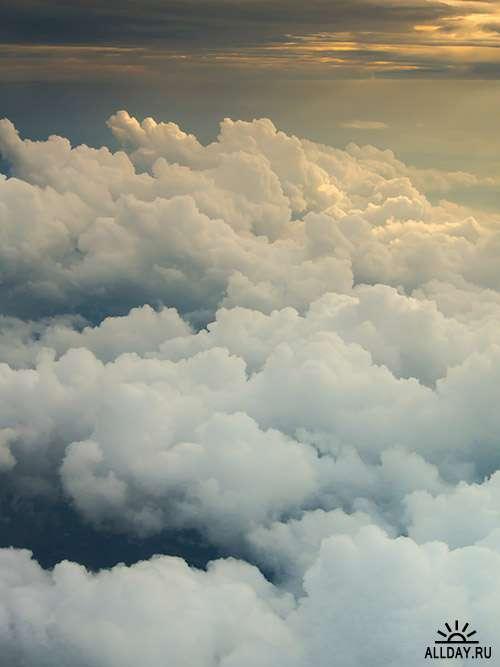 Растровый клипарт - Выше облаков