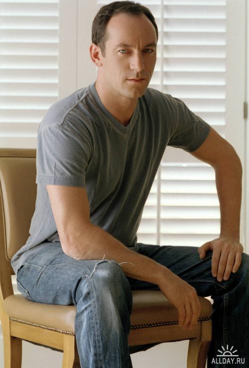 Актёры - Jason Isaacs