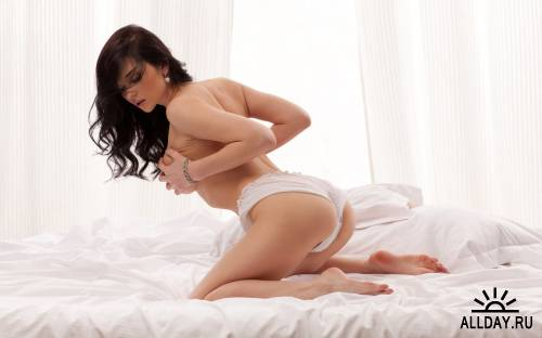 124 sexy Beautiful Women Wallpaper Pack - 322