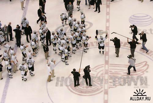 2008 – 2009  Stanley Cup. Finals.