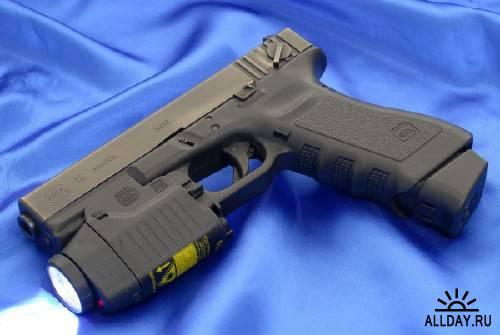 Обои с пистолетами разных марок для монитора