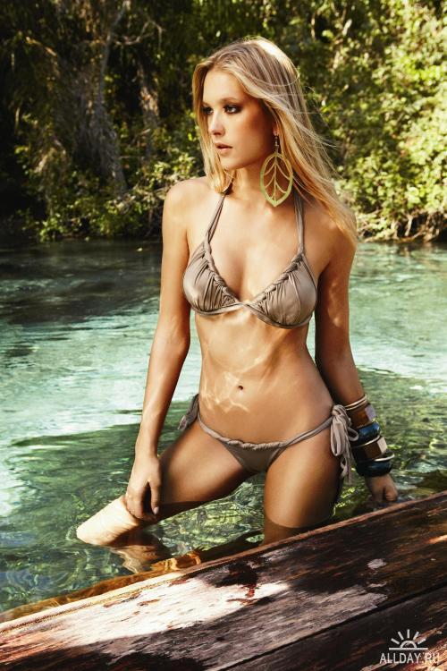 Gianne Albertoni | Agua de Coco Photoshoot