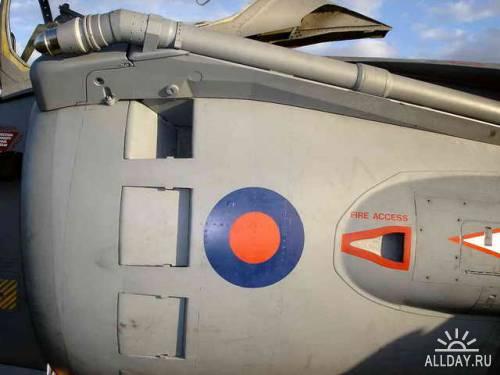 Английский самолет ВВП Harrier GR.7