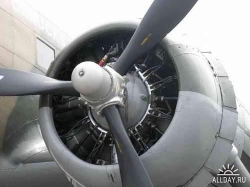 Фотообзор - американский военно транспортный самолет Фотообзор Douglas DC-3 ( C-47 Skytrain )