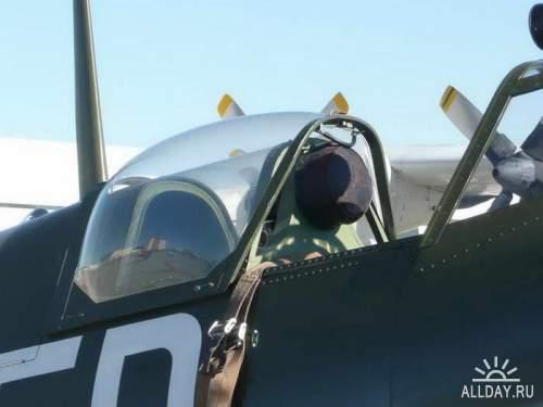 Английский истребитель Spitfire MK IX