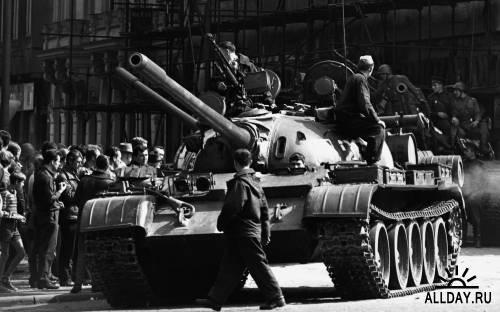 История ХХ века в чёрно-белых фотографиях. Часть 16