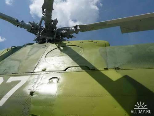 Советский вертолет МИ-8Т