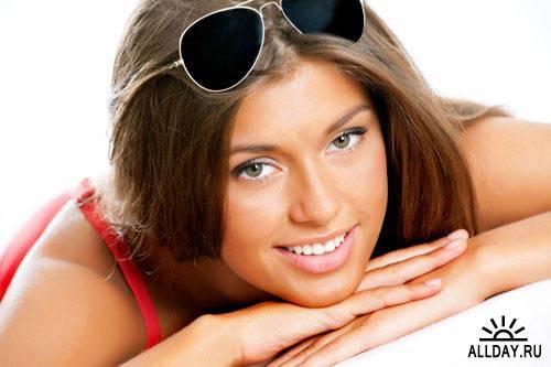 Девушка в купальнике с очками | Girl in bikini with sunglasses