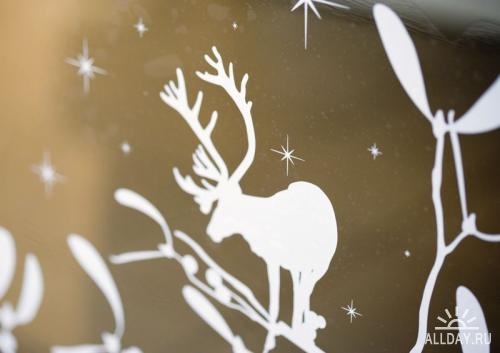 PhotoAlto - Christmas ornaments