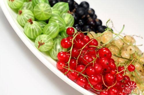 Stock Photo: Sweet berries | Сладкие ягоды