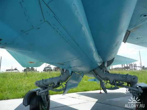 Советский истребитель    Mikoyan MiG-23MLD (Flogger-K)