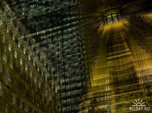 Zooming In and Out of New York by Alfonso Zubiaga