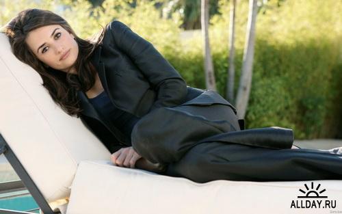Salma Hayek & Penelope Cruz Wallpapers