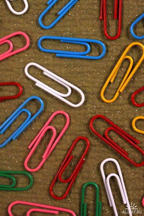 Stock Photo: Color paper clips | Разноцветные скрепки для бумаги