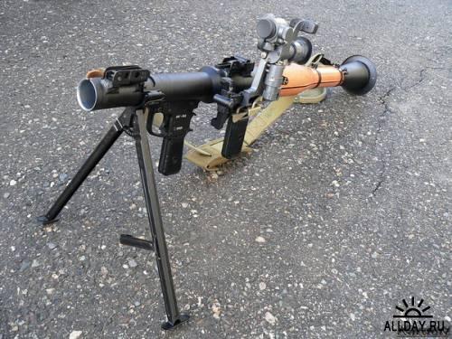 Обои с оружием 6